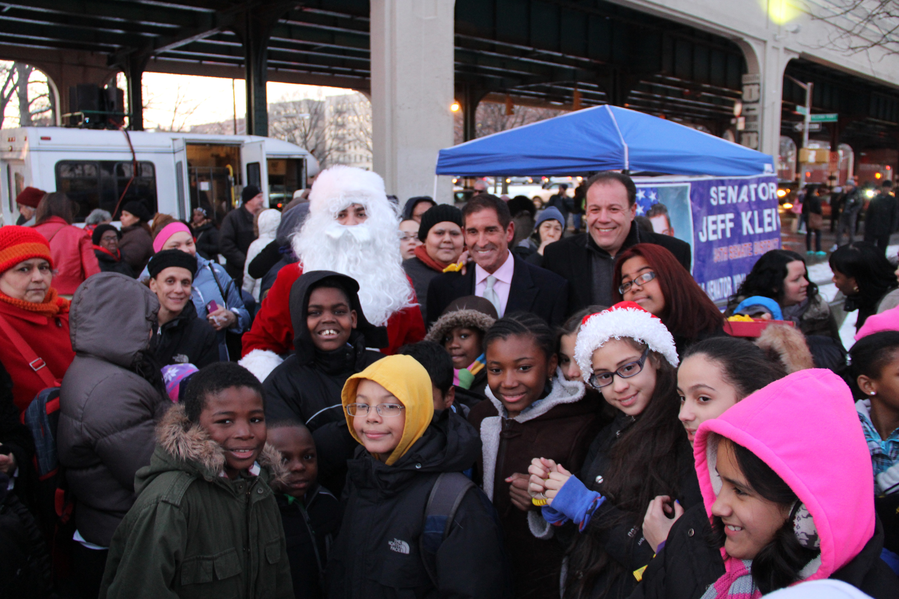 Santa, Jeff Klein and Mark Gjonaj host Pelham Bay Park Christmas Tree Lighting