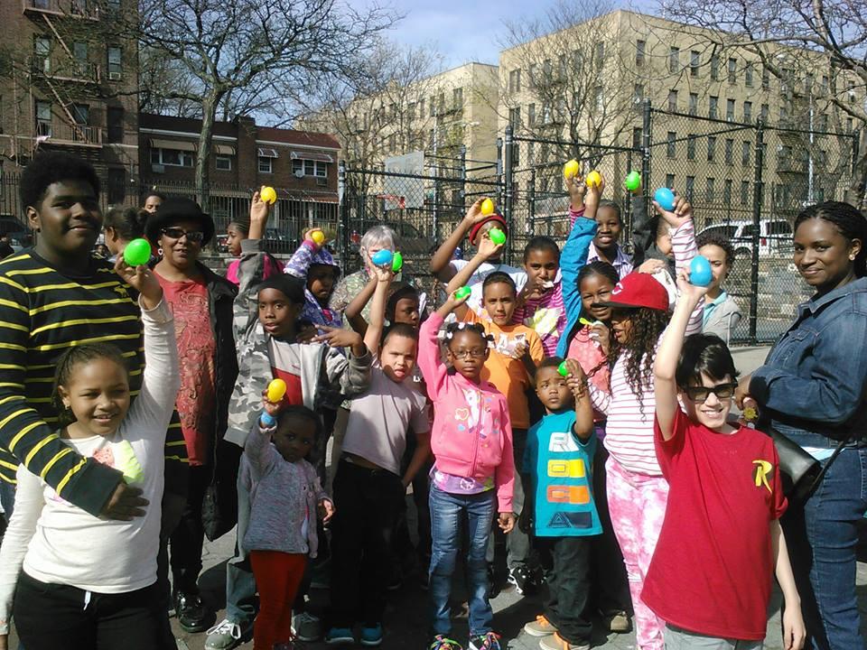 The Allerton Coops Kids celebrate Easter in Zimmerman Park: A Team Effort