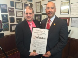 "Gary Axelbank received a proclamation from Bronx Borough President Ruben Diaz Jr. marking October 22nd ""BronxTalk Day"""