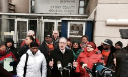 NEW YORK CITY COMPTROLLER SCOTT M. STRINGER VISITS BRONX HOUSING COURT  TO DISCUSS RIGHT TO COUNSEL FOR NEW YORKERS FACING EVICTION OR FORECLOSURE