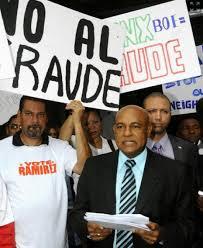 Hector Ramirez_No Al Fraude-NYDailyNews