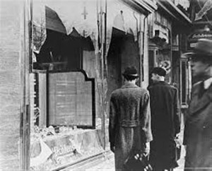 Kristallnacht_example_of_physical_damage (Medium)