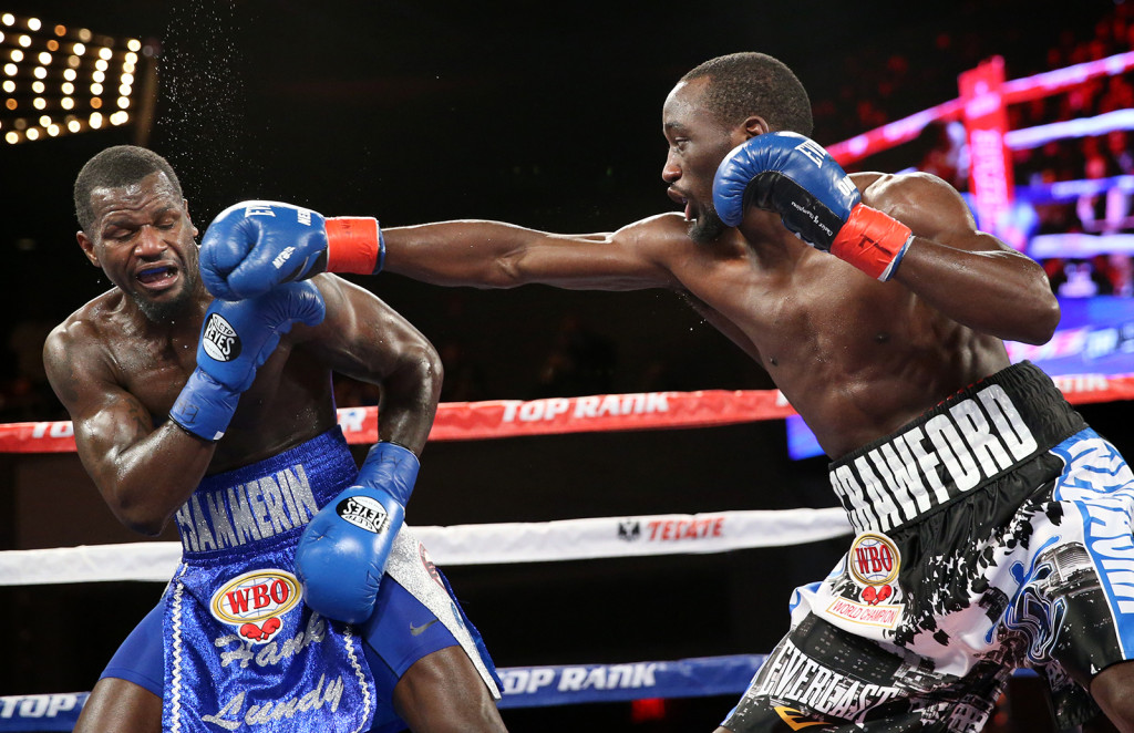 Crawford lands a right hand. Credit: Mikey Williams, Top Rank