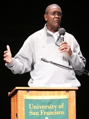 Bill Cartwright speaking at the University of San Francisco in 2011. Photo credit: Shawn P. Calhoun.