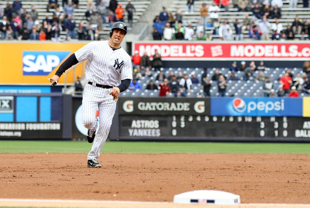 Mark Texiera rounds second base. Photo: Gary Quintal.
