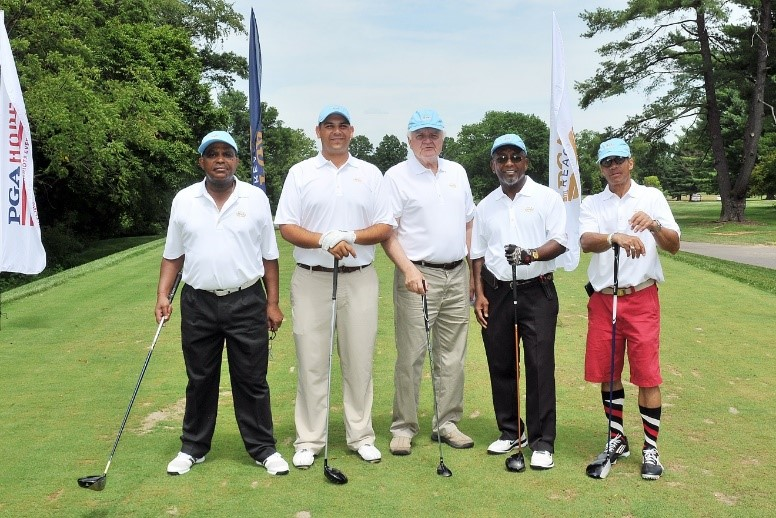 Team Bronx (L to R) (Mike Massie, Max Makarczuk, Sheldon Rector and Harris Keane) were joined by PGA Professional, Nick Novak (2nd from the left).