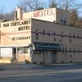 77-motel2_