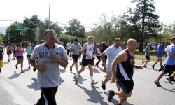 Dozens Run in Memory of Fallen Officer, Lieutenant Thomas Clesse