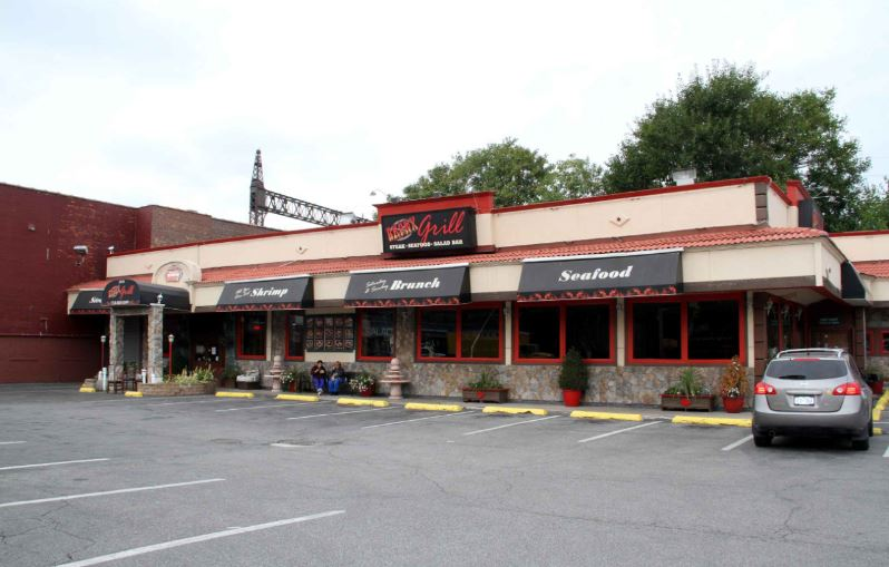 Goodbye Bronx Grill Hello Golden Corral The Bronx Chronicle
