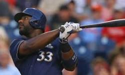 NL Home Run King Chris Carter to Yankees