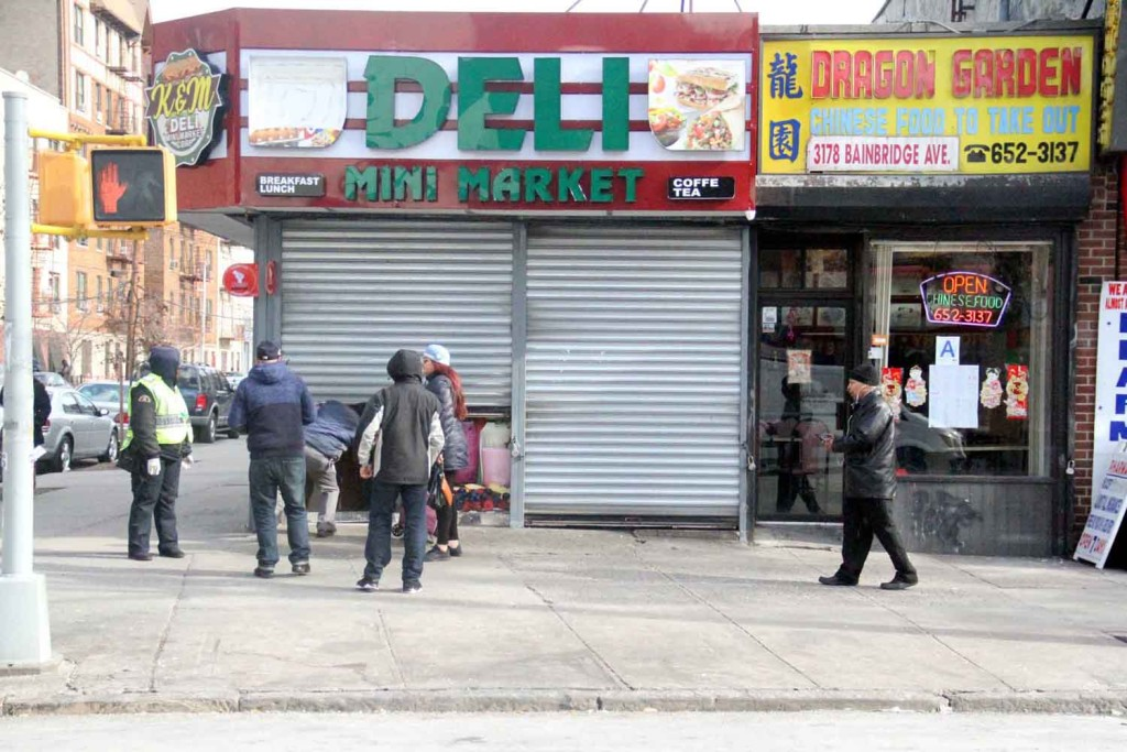 Dozens of Bronx delis shut their doors at 12 noon on Thursday in a protest against President Trump's immigration ban.--Photo by David Greene