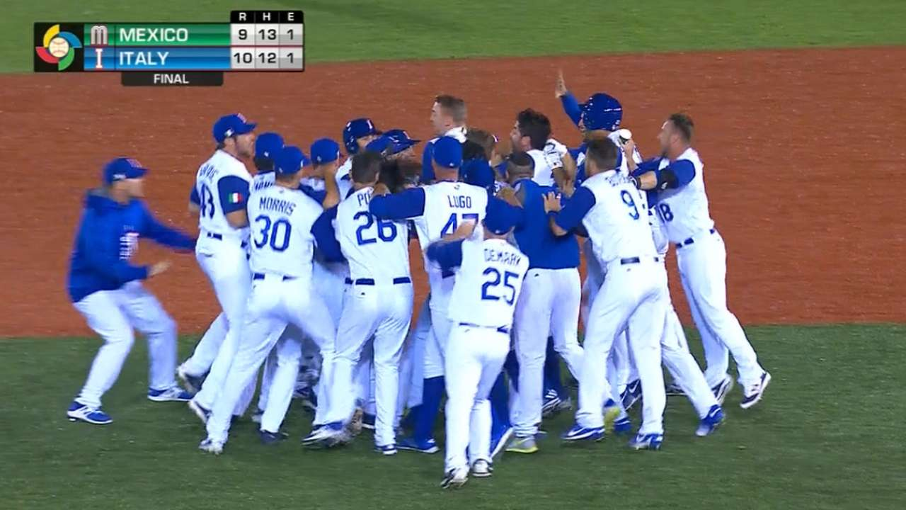 Italy defeats Mexico with 5-run 9th inning. Credit: m.mlb.com
