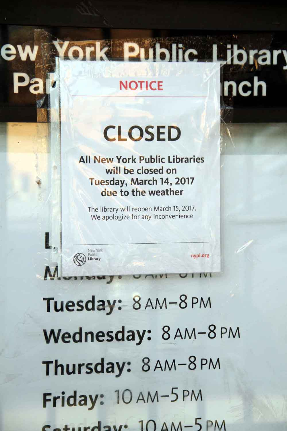 The Parkchester Public Library announced their closing before the arrival of Winter Storm Stella.--Photo by David Greene