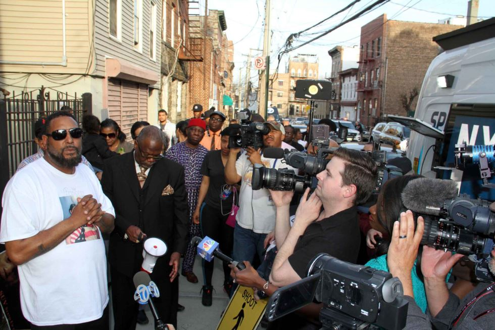 The father of homicide victim Margarita Fraco addresses members of the media on the death of his daughter. Photo by David Greene
