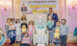 Senator Klein Hosts 22nd Annual Bunny Breakfast