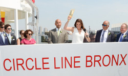 Special guest Brooke Shields christened Circle Line Sightseeing Cruises' new vessels at a June 13th ceremony, which featured Bronx Borough President Ruben Diaz Jr. and Staten Island Borough President James Oddo (PRNewsfoto/Circle Line Sightseeing Cruises)
