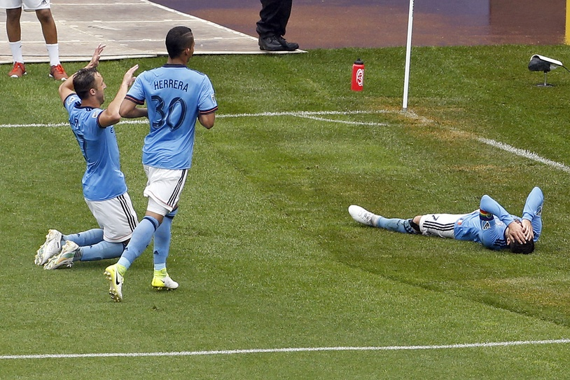 New York City FC forward David Villa (7) celebrates scoring a goal against the Seattle Sounders during the second half at Yankee Stadium. Credit: Adam Hunger-USA TODAY Sports