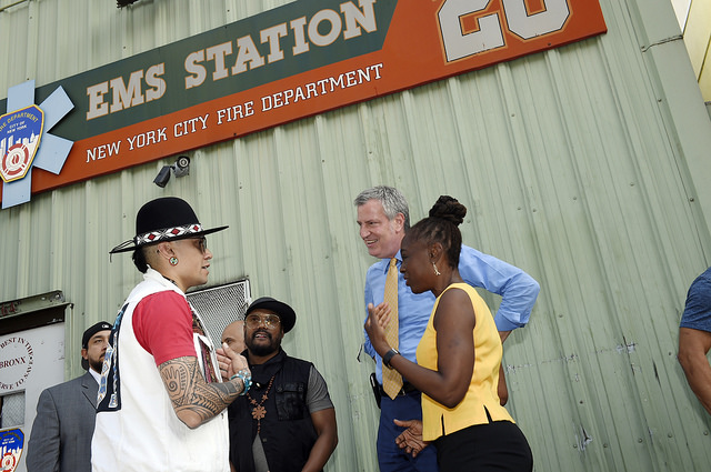 Mayor Bill de Blasio and First Lady Chirlane McCray are joined by the Black Eyed Peas at Bronx EMS Station 26 to make a hurricane relief-related announcement on Saturday, October 7, 2017. Credit: Ed Reed/Mayoral Photography Office.