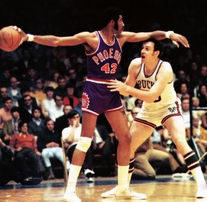 Hall of Fame forward Connie Hawkins passed away at 75 | NBA.com NBA.com