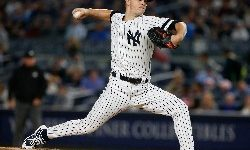 Sep 28, 2017; Bronx, NY, USA;  New York Yankees starting pitcher Sonny Gray (55) pitches against the Tampa Bay Rays in the first inning at Yankee Stadium. Mandatory Credit: Noah K. Murray-USA TODAY Sports