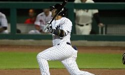 Torres The Latest Yankees Youngster Leads To Win