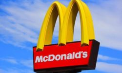 McDonald's Restaurants Expect to Hire 9,000 in New York this Summer