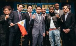 Pacquiao Eyes Mayweather Again