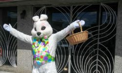 Easter Bunny Visits Allerton Avenue