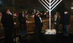 Rabbi Pewzner explains the miracle of Chanukah.