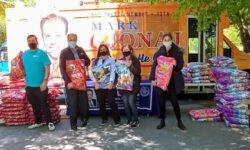 Councilman Gjonaj Pet Food Giveaway